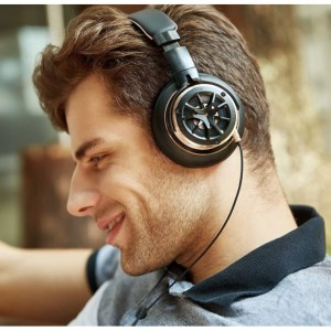 1MORE Triple Driver Over-Ear Headphones Comfortable Foldable Earphones with Hi-Res Hi-Fi Sound Bass
